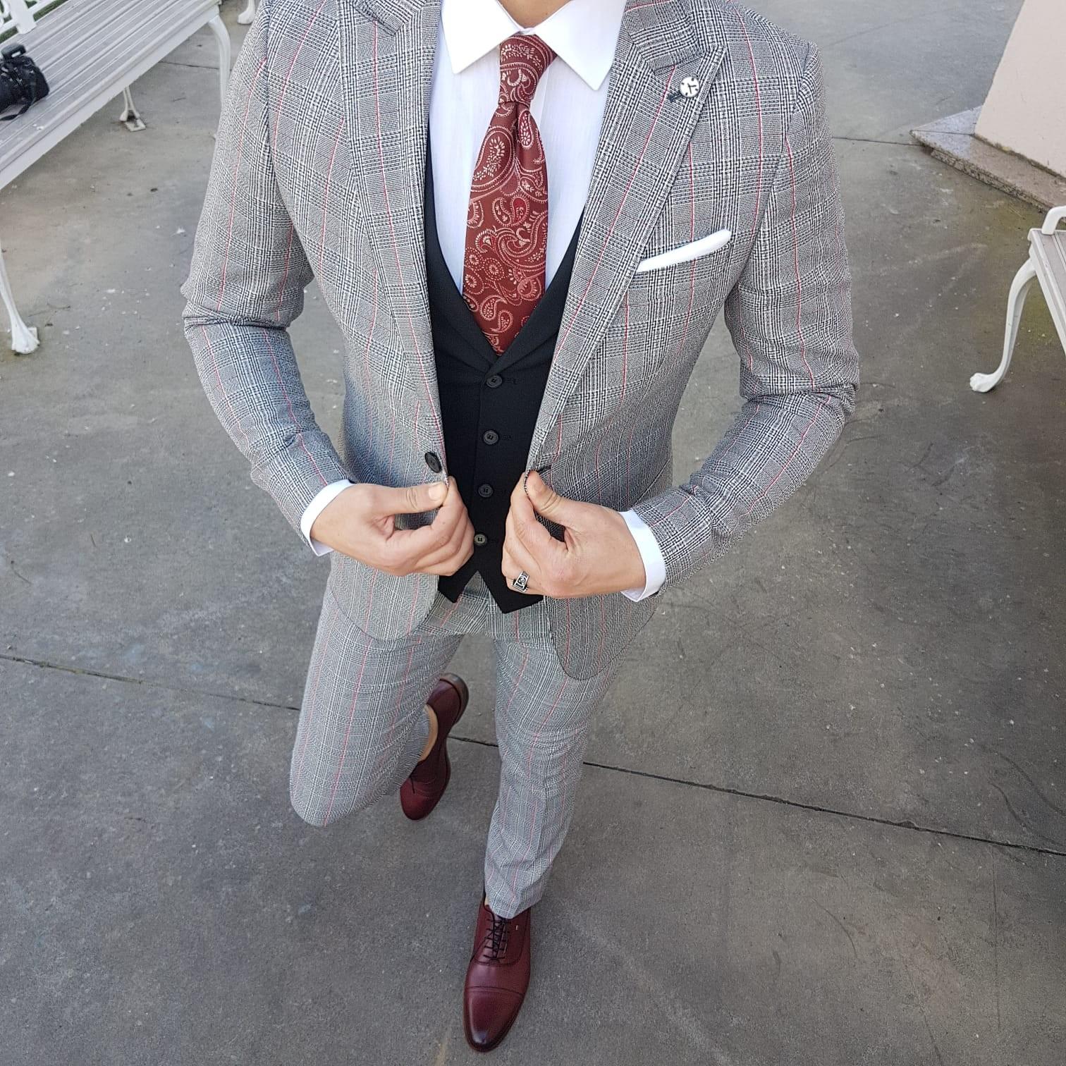 Lynn Plaid Slim Suit , Black