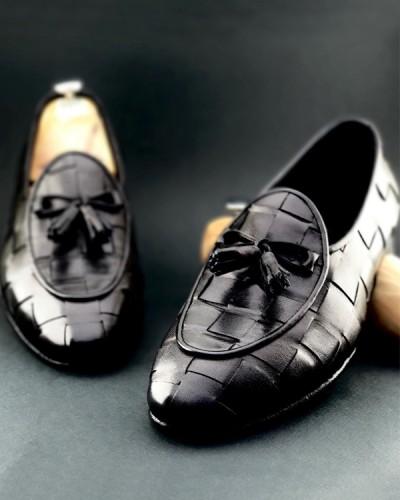 Black Handmade Calf Leather Bespoke Shoes by