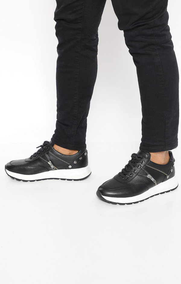 Black Zipper Sneakers by GentWith.com