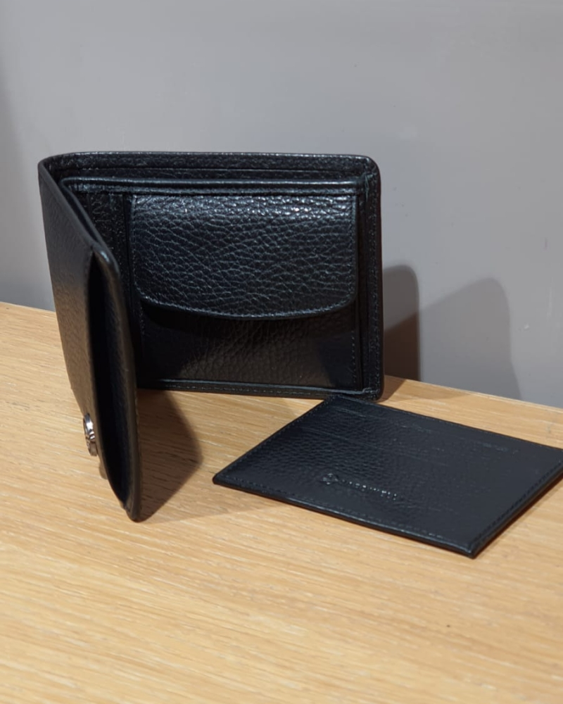 Black Leather Wallet for Men by GentWith.com with Free Worldwide Shipping