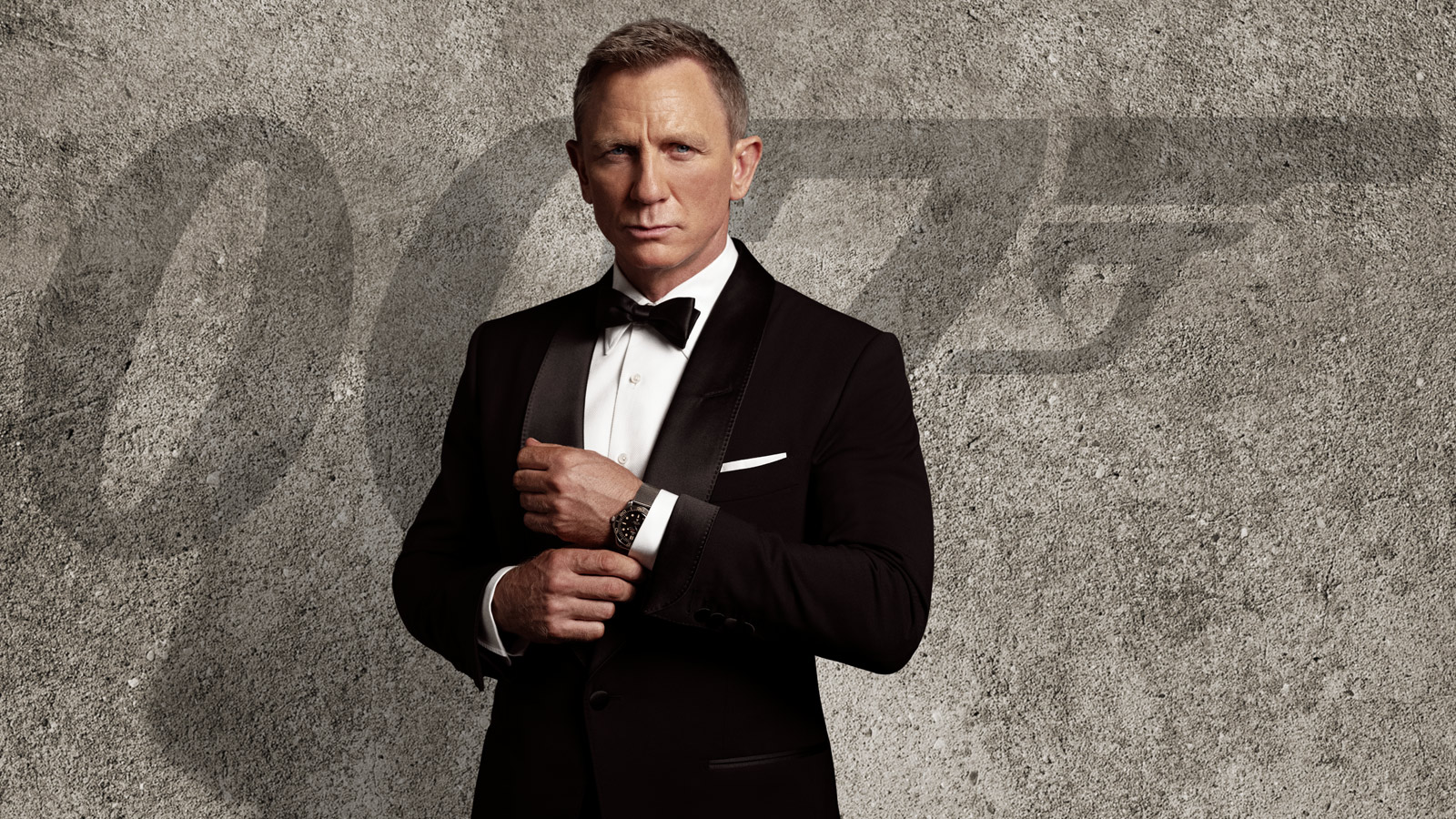 It's Time You Wear the Black Tie Dress Code Like James Bond
