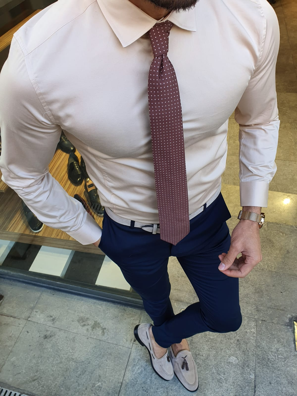 How To Choose the Right Shirt Fabric by GentWith Blog