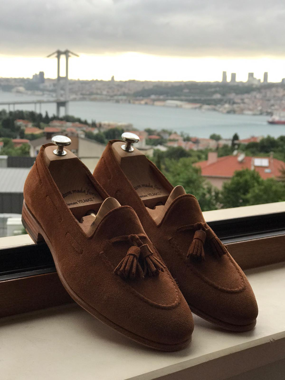 Suede For Men: 5 Ways To Look Amazing by GentWith Blog