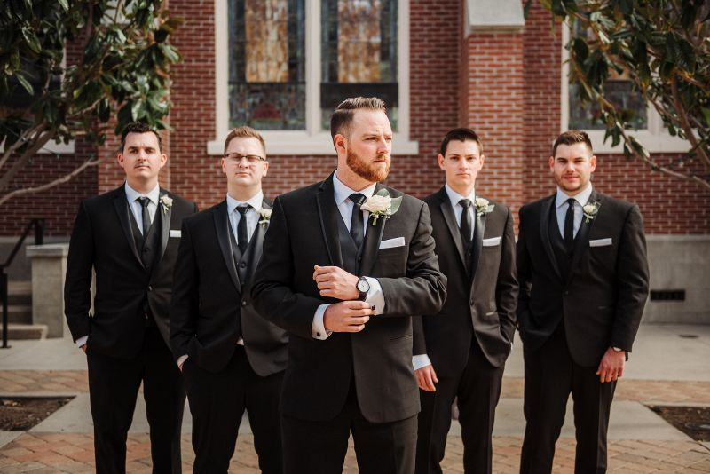 15 Grooms with Unique Wedding Style That's On Point