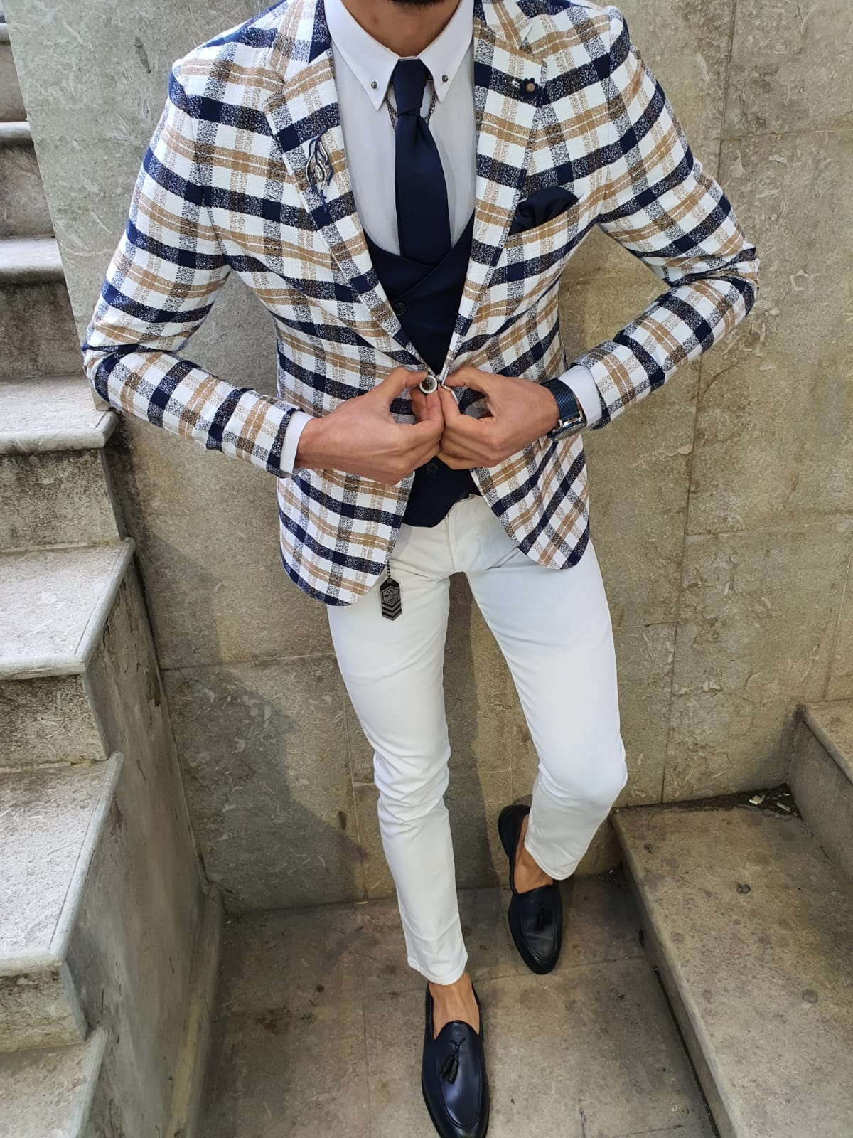 10 Dashing Grooms in Plaid & Tweed Jackets by GentWith Blog