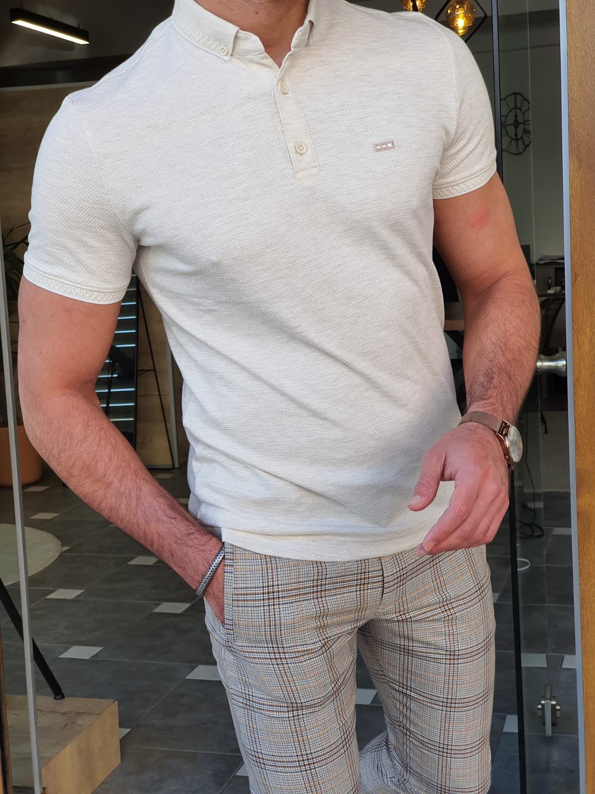 The Best Men's T-Shirts Guide You'll Ever Read by GentWith Blog